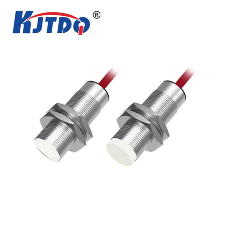 <strong>凯基特KJT-J18GW系列耐高温接近传感器</strong>